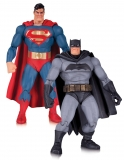 The Dark Knight Returns - figúrky Superman & Batman 30th Anniversary 17 cm