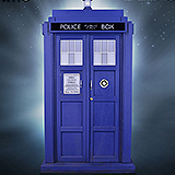 Doctor Who - socha 11th Doctor TARDIS 51 cm