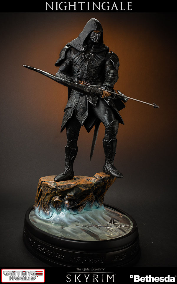 The Elder Scrolls V Skyrim - socha Nightingale 41 cm