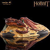 The Hobbit - soška Smaug King Under The Mountain 8 cm