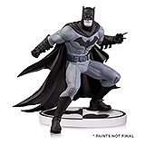 Batman Black & White - soška Batman (Greg Capullo) 2nd Edition 15 cm