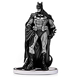 Batman Black & White - soška Eduardo Risso 2nd Edition 19 cm