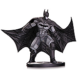 Batman Black & White - soška Batman (Arkham Origins) 16 cm