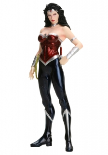 DC Comics ARTFX+ - soška Wonder Woman (The New 52) 19 cm