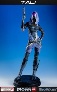 Mass Effect 3 - socha Tali Zorah vas Normandy 49 cm