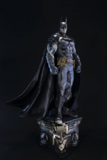 Batman Arkham Knight - socha Batman 94 cm