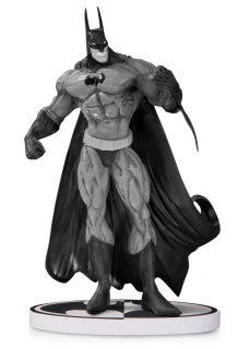 Batman Black & White - soška Simon Bisley 2nd Edition 20 cm