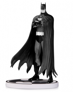 Batman Black & White - soška Brian Bolland 2nd Edition 20 cm