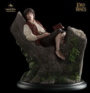 Lord of the Rings - soška Frodo Baggins 15 cm