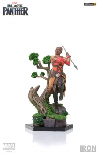 Black Panther - socha Battle Diorama Okoye 23 cm