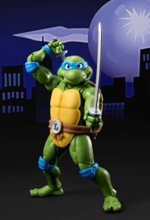 Teenage Mutant Ninja Turtles S.H. Figuarts - figúrka Leonardo 15 cm